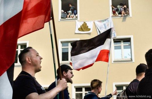 Rechtsextremisten demonstrieren am 14.04.2018 in Dortmund. Foto Dietrich Hackenberg