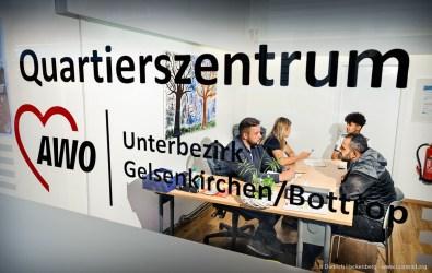 AWO Quartierszentrum Gelsenkirchen-Bottrop - Integrationshelfer bei der Beratung. Bundesweit einmaliger Studiengang in Dortmund zur Ausbildung von studentischen Integrationshelfern.Foto Dietrich Hackenberg