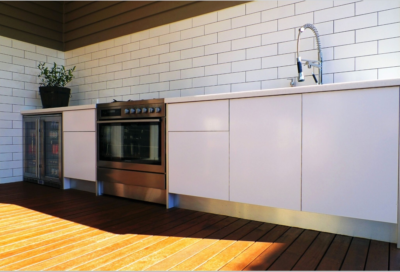 does an outdoor kitchen add value to my