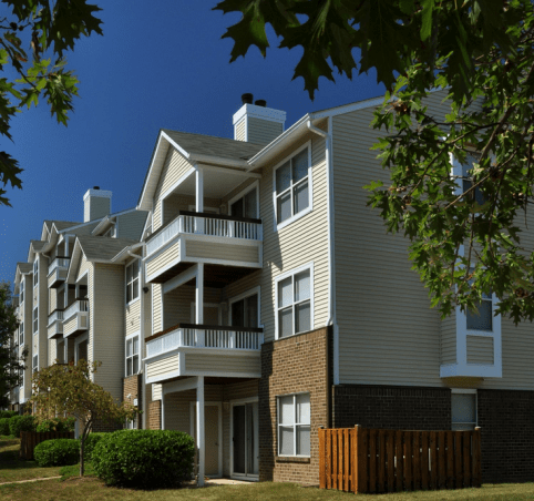 Lincolns MidAtlantic Region Awarded Management of Bent Tree Apartments located in Centreville
