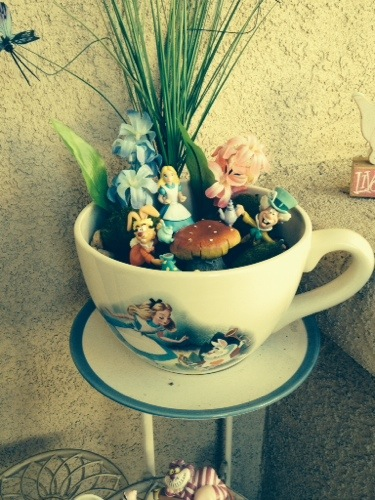 picture of a living room cartoon bohemian style furniture lindy's disney fairy gardens - list