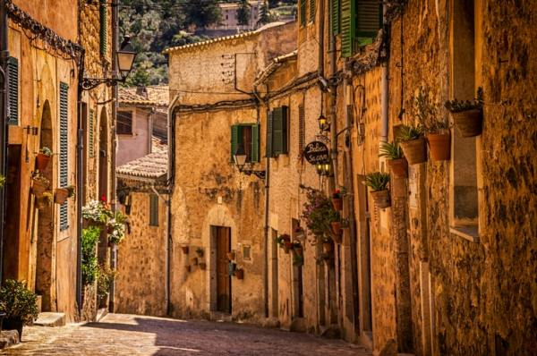 Daily Spanish Words: Street in Valldemossa