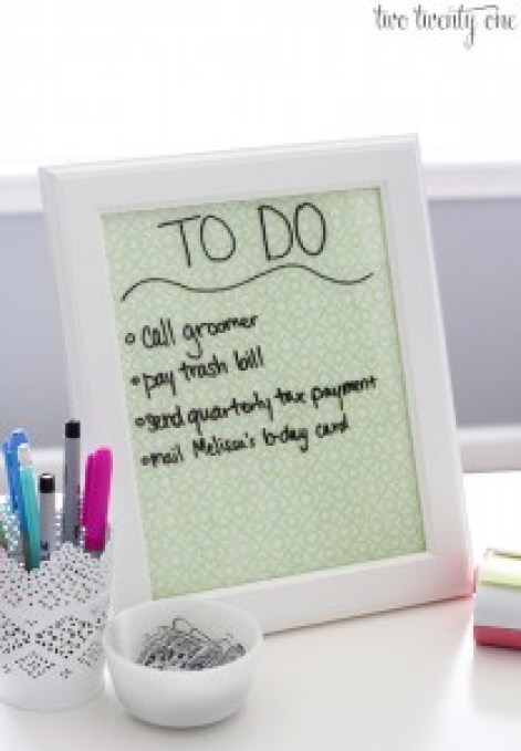 DIY Desktop Dry Erase Board