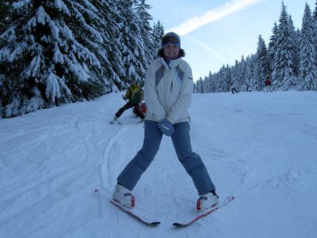 Pinkie Skiing