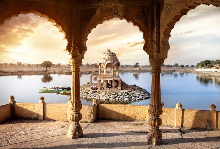 Lago Gadi Sagar, Jaisalmer, Rajasthan, India