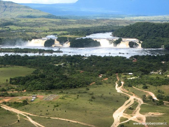 laguna-di-canaima-venezuela