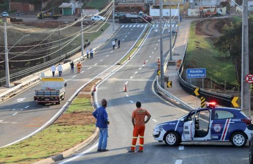 22.04.2020 - Entrega da ponte na Av Soiti Taruma. Fotos: Emerson Dias