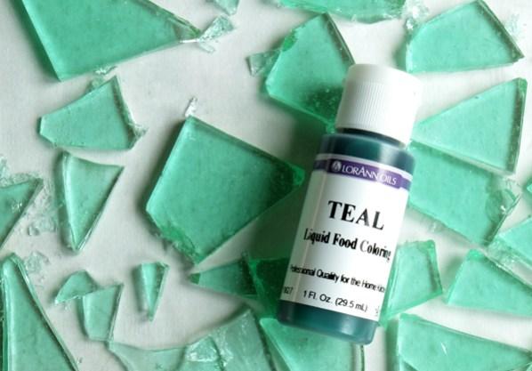 teal-liquid-food-coloring
