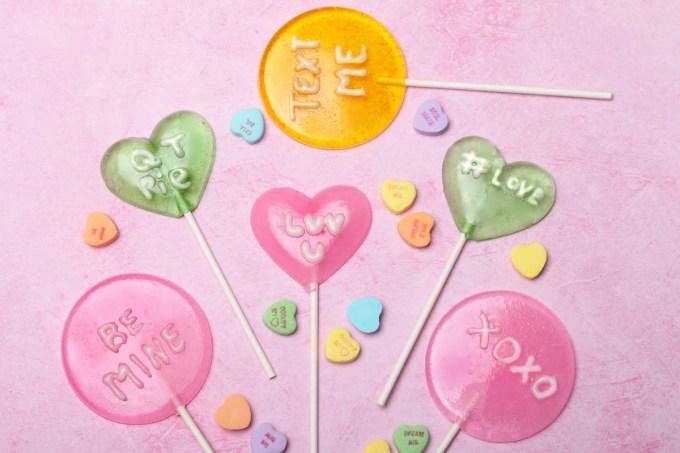 convo-hearts-lollipops-edited