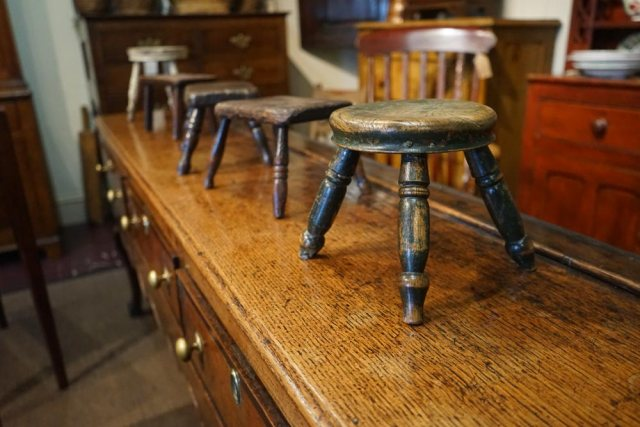 tim-bowen-welsh-stools-DSC01197