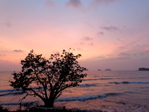 Sunset at Koh Chang, Thailand – © Michelle Vogel