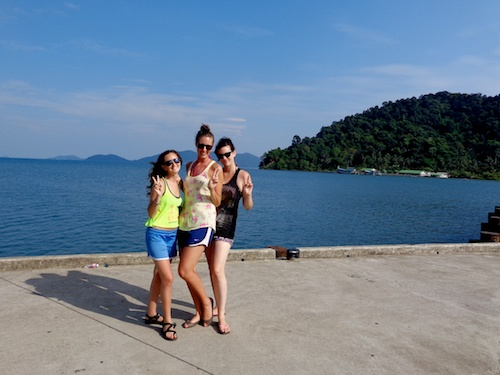 Michelle and friends at Koh Chang, Thailand – © Michelle Vogel