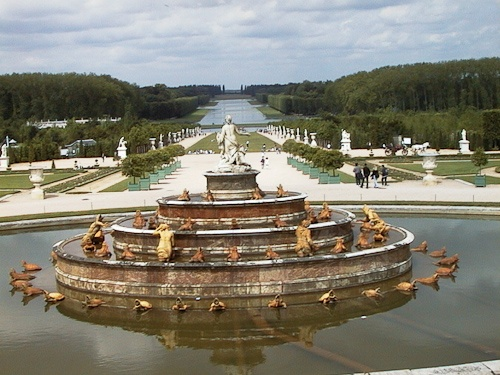 Versailles Gardens & Fountains - © LoveToEatAndTravel.com