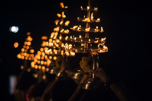 Aarti lamps at the banks of holy Ganges in Rishikesh - photo by Sujay25