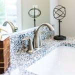 7 Small Bathroom Decorating Ideas To Save Space Ltd Commodities