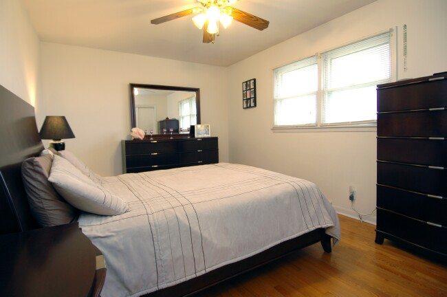 3 Bedroom 2 Bathroom Single Family Home Algonquin Illinois