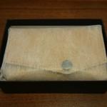 小さい財布ダンボーバージョン箱への収まり