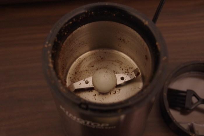 KINGTOP の電動コーヒーミル KH-001 のイメージ2