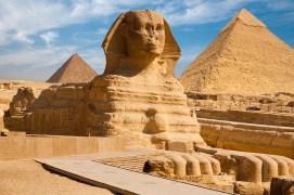 Sphynx Pyramid Giza Egypt pyramids of Menkaure and Khafre