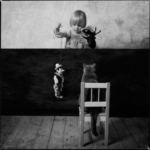 Petite fille et son chat2