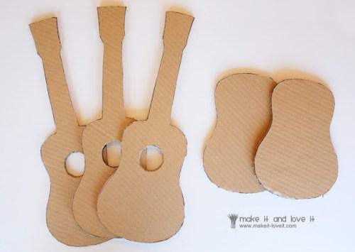 guitare en carton DIY1