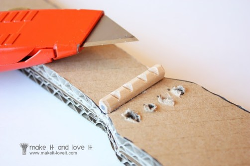 guitare en carton DIY6