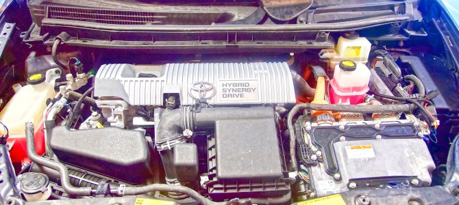DIY: How to Wash and Clean Your Engine Bay