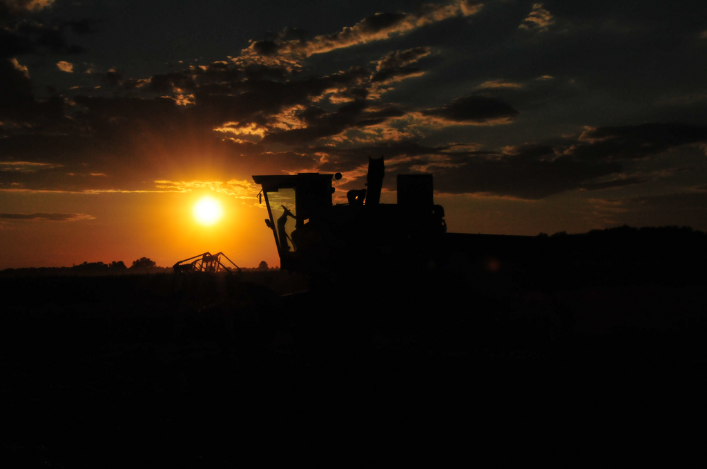 11 Glorious John Deere Sunsets