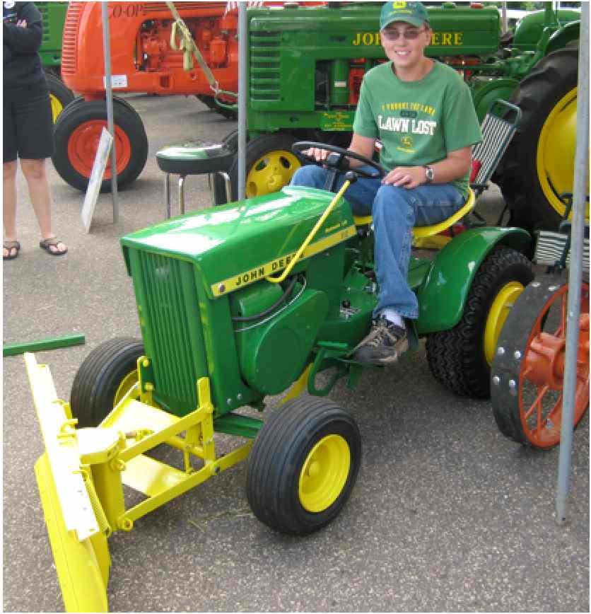 John Deere Planter Wiring Diagram Use The John Deere 112 Tractor For Lawn Care Maintenance