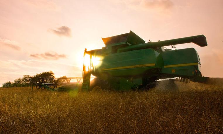 Free Fall Harvest Wallpaper Image Gallery 20 Inspiring John Deere Combine Photos