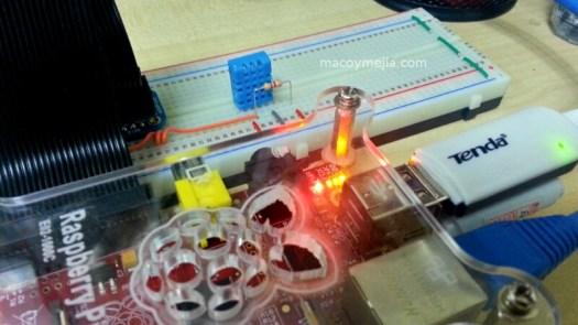 DHT11 Sensor with 4.7K Resistor