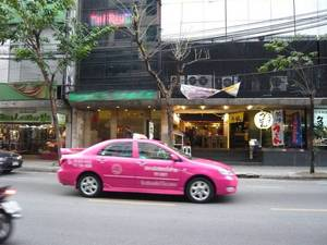 taxi_pink200804.jpg