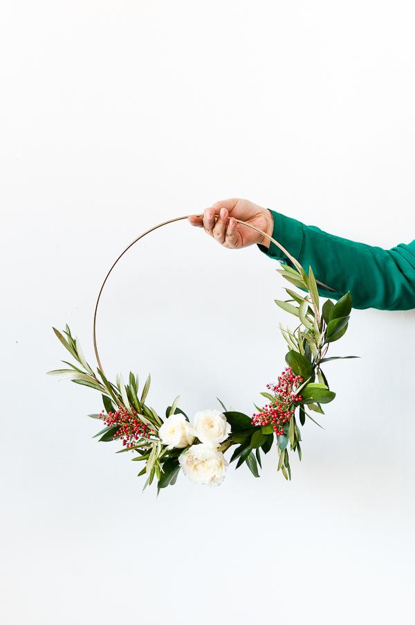 Décorez votre appartement d'une couronne de Noel moderne et chic