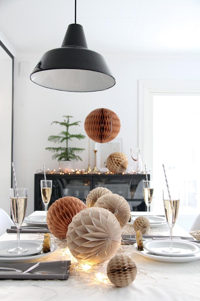 Besoin d'idées déco pour une table de Noël originale et féminine