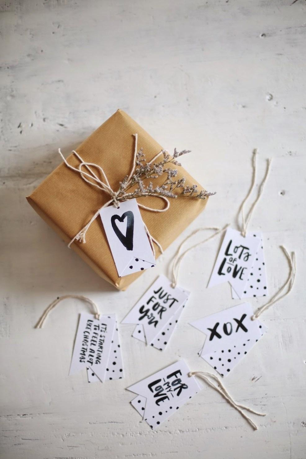 Envie d'un emballage cadeau personnalisé ? Retrouvez notre selection de tutoriels dans l'article