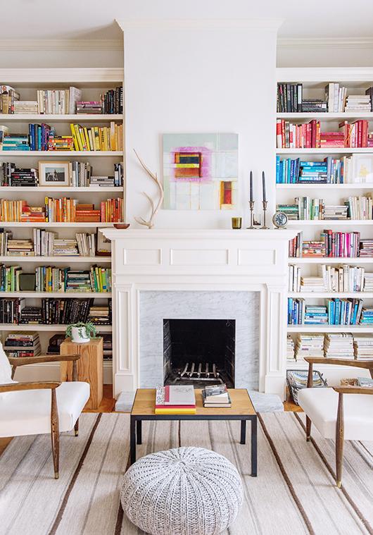 Organiser sa bibliothèque par couleur, bonne ou mauvaise idée ?