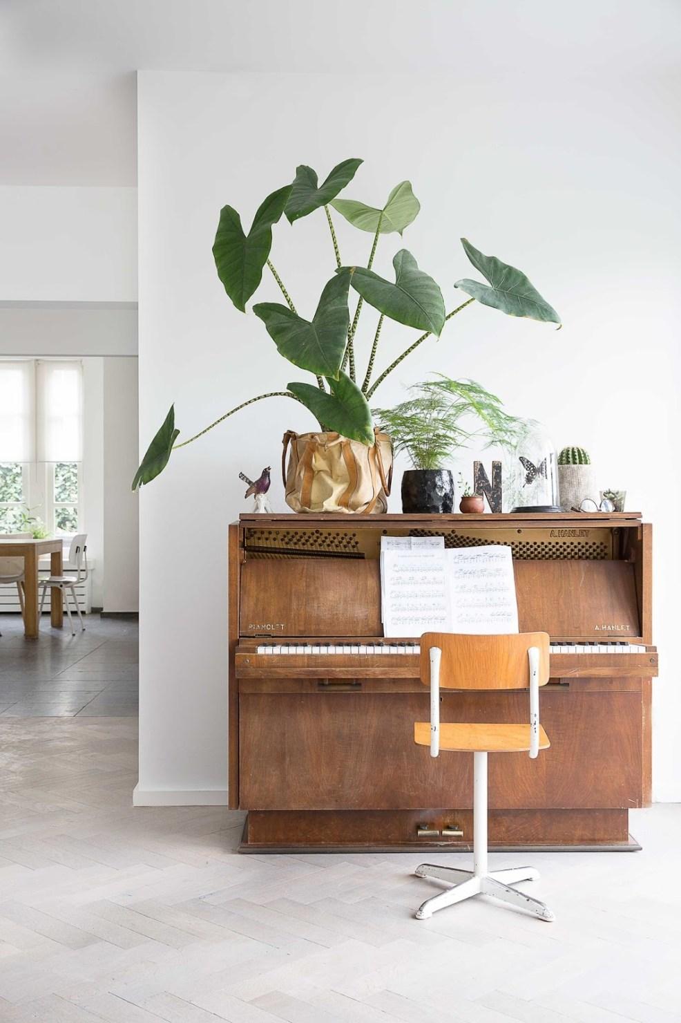 Comment décorer son piano dans le salon