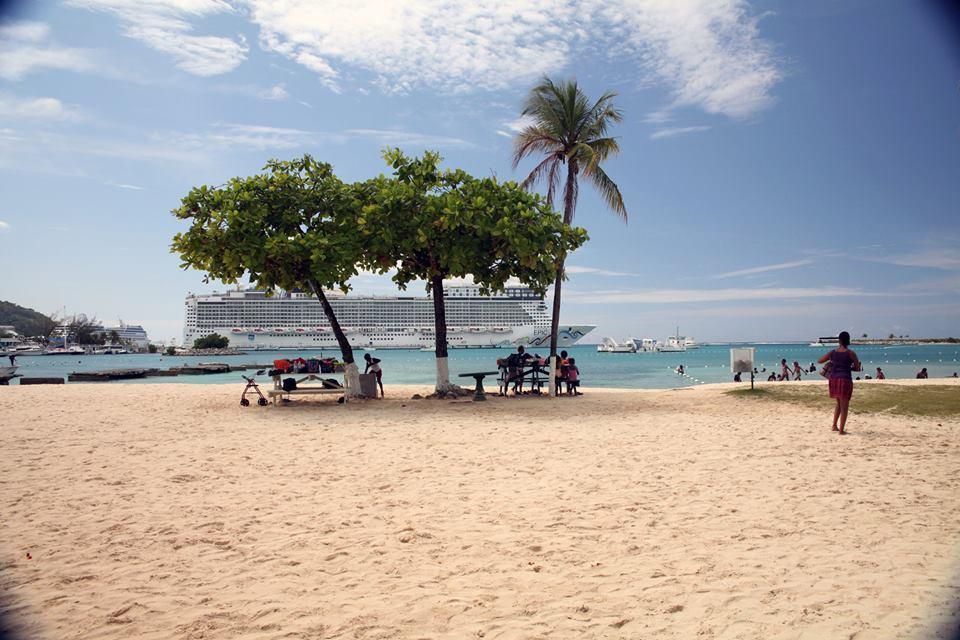 Beaches in Jamaica - Ocho Rios Bay Beach
