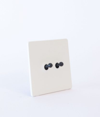designer_toggle_light_switch_double_black_white