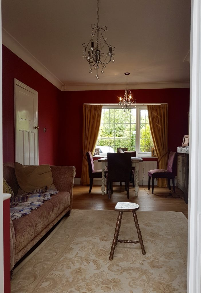 The red room - before