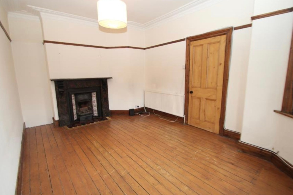 The Victorian Terrace - The Living Room