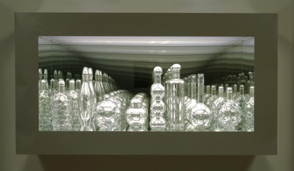 Josiah McElheny (American, b. 1966), Modernity circa 1952, Mirrored and Reflected Infinitely, 2004. Hand blown mirrored glass objects, chrome metal display, glass and mirror. Milwaukee Art Museum, Gift of Contemporary Art Society.  Photo credit Tom Van Eynde, Donald Young Gallery. © Josiah McElheny.