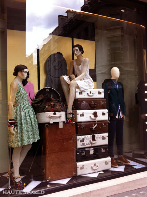 Travel Themed Retail Window Display Ideas