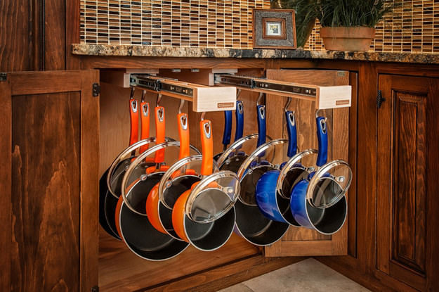 Pleasant Top 10 Kitchen Cupboard Space Savers The Handy Mano Home Interior And Landscaping Eliaenasavecom