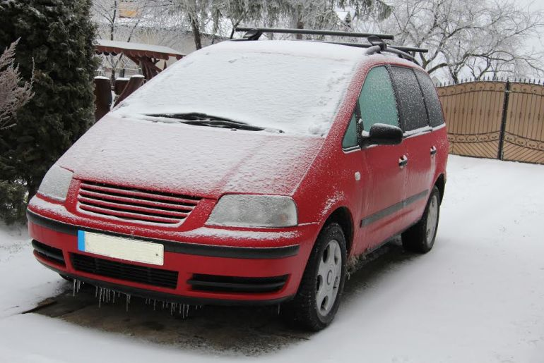 manomano mano mano the handy mano handymano winter car hacks icy car in snow