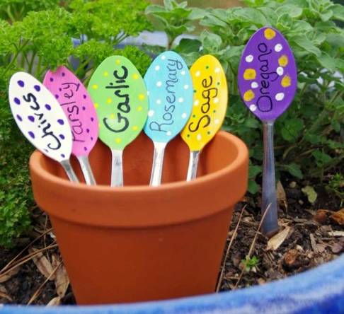 easy gardening tricks manomano mano mano the handy mano handymano