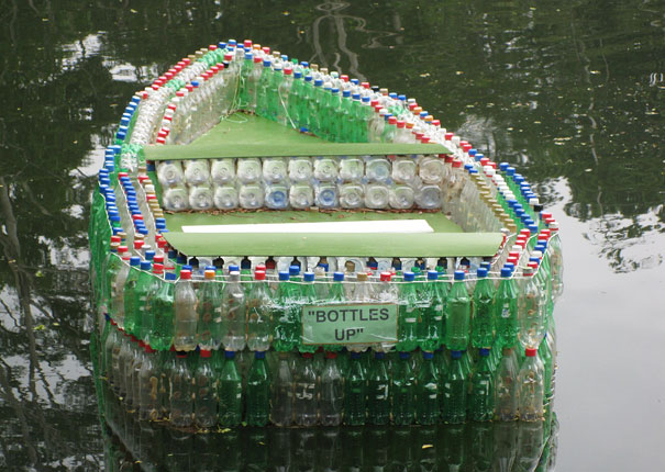 plastic bottle crafts mano mano the handy mano manomano DIY boat