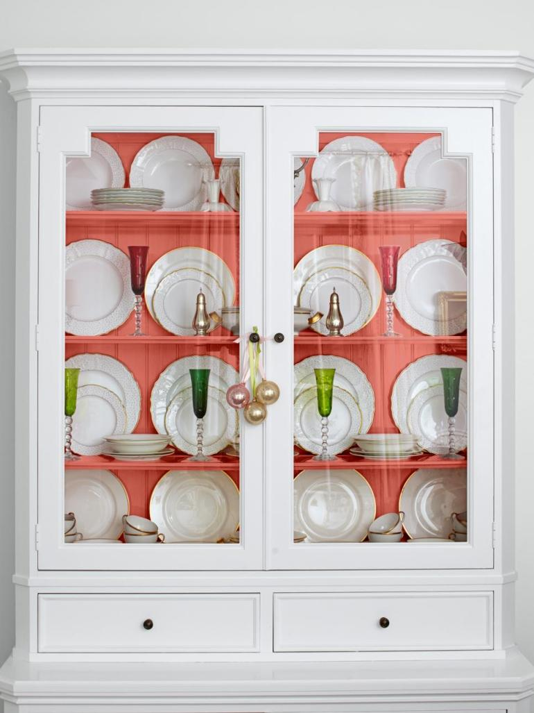 one pot paint projects DIY project the handy mano manomano painted cupboard