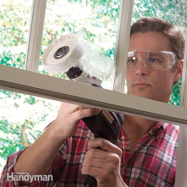 Manomano mano mano thehandymano the handy mano diy do it yourself cleaning tips expert advice hacks 10 Cleaning Solutions by Experts drill cleaning abrasive window glass