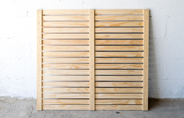 manomano mano mano the handy mano pallet bar wood pallet projects diy do it yourself homemade pallet from wood